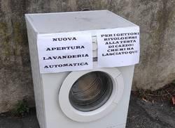 lavatrice abbandonata