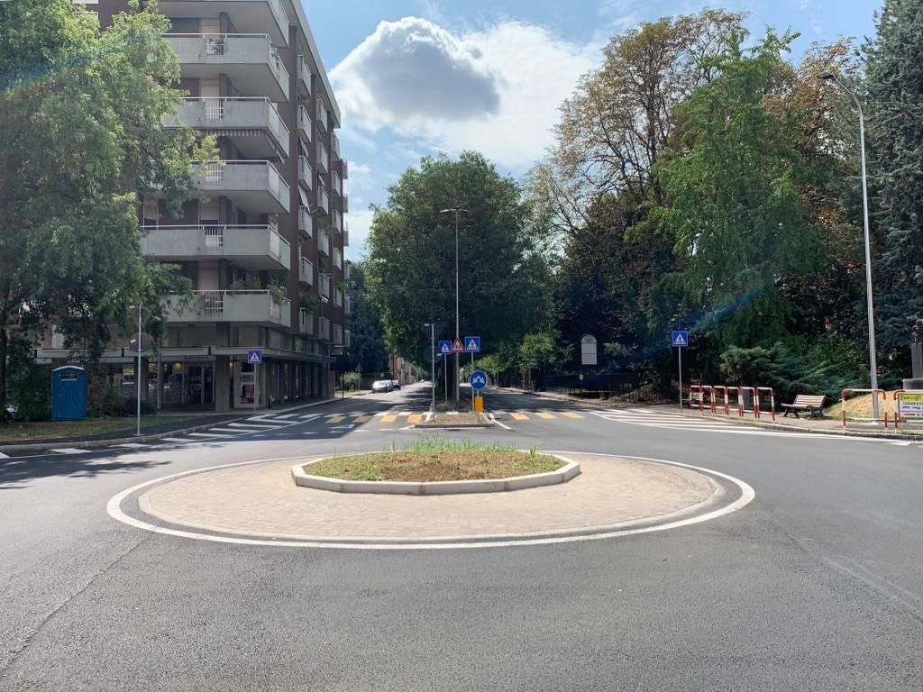 Le nuove rotonde in via Magenta
