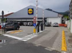 Parcheggi Lidl: le sbarre