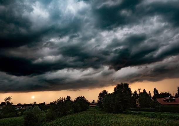 tramonto dopo il temporale a Golasecca - foto di Mirko landoni