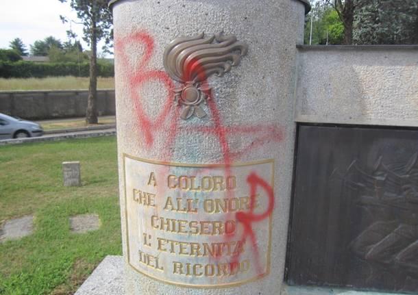 vandalismo monumento bersaglieri lonate pozzolo