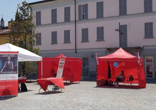Match it now, i volontari di admo in piazza anche a Varese