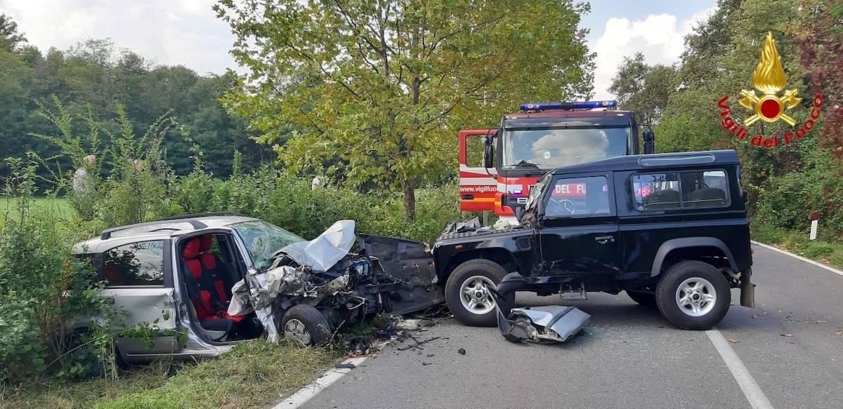Castelseprio - Incidente Sp20 - foto di Alessandro Gorla e Vigili del fuoco