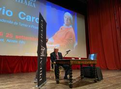 Flavio Caroli ad Azzate per il Premio Chiara