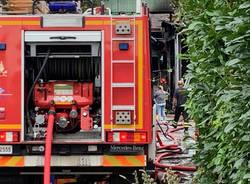 Incendio capannone Malnate