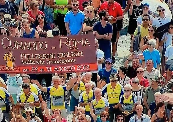 pellegrini ciclisti papa francesco cunardo