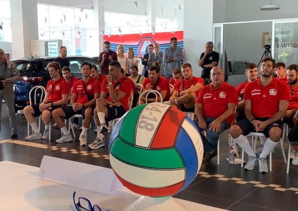 La Sport Management lancia la stagione della pallanuoto