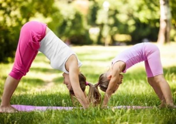 rhamni yoga gravidanza bambini