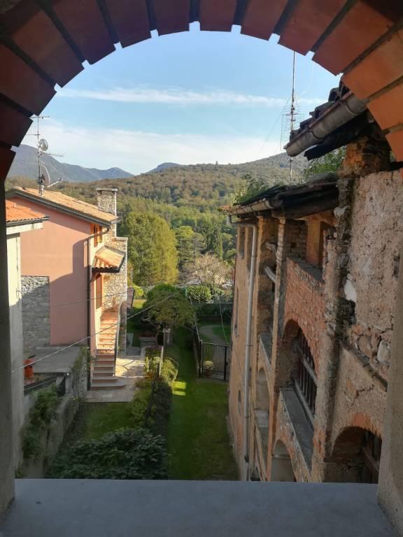 Vista da Castello Cabiaglio