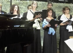 Induno Olona - Coro Sine Nomine e Francesca Lombardi Mazzulli
