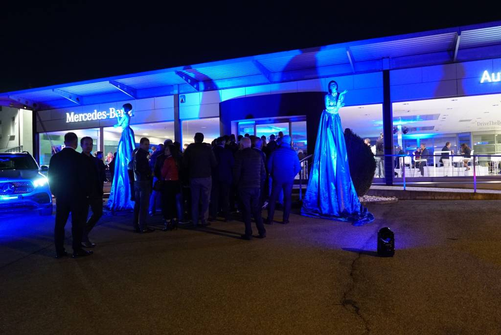 La grande festa di inaugurazione di Autocentauro a Varese