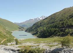 lago alpino fotovoltaico