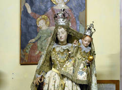 Madonna vestita di seta museo d'arte religiosa Oleggio