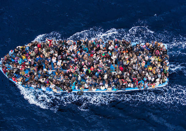 profughi massimo sestini