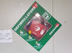 Due nuovi defibrillatori in paese