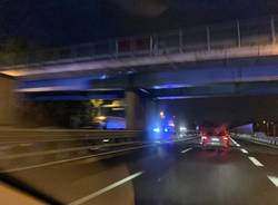 incidente A8 code notte autostrada