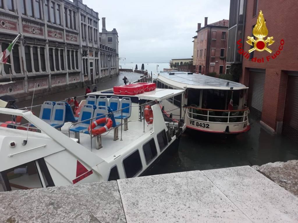 L'acqua alta da record a Venezia