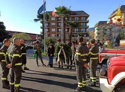 Luino - Omaggio ai Vigili del fuoco