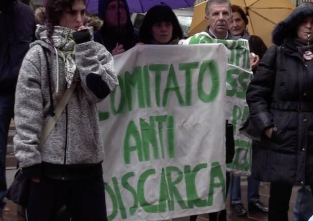 manifestazione no discarica cava solter casorezzo busto garolfo sotto regione lombardia  4