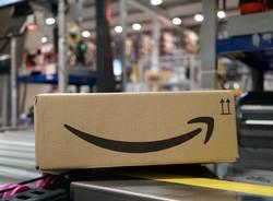 Nel magazzino di Amazon a Vercelli