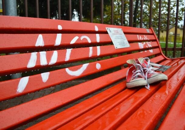 panchina rossa contro la violenza sulle donne san giorgio su legnano  21