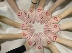 sportivi contro la violenza sulle donne canegrate segno rosso  11