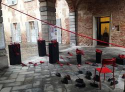 violenza sulle donne scarpe rosse
