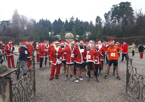 Babbo Natale Run colora la città