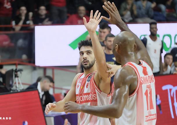 Cantù - Openjobmetis, il derby di basket in diretta da Desio