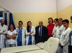 dono di tre lettini per la terapia del dolore da parte di Coop Lombardia