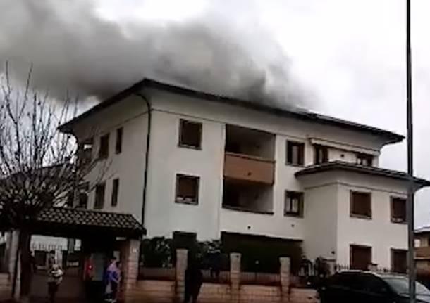 incendio casa gorla