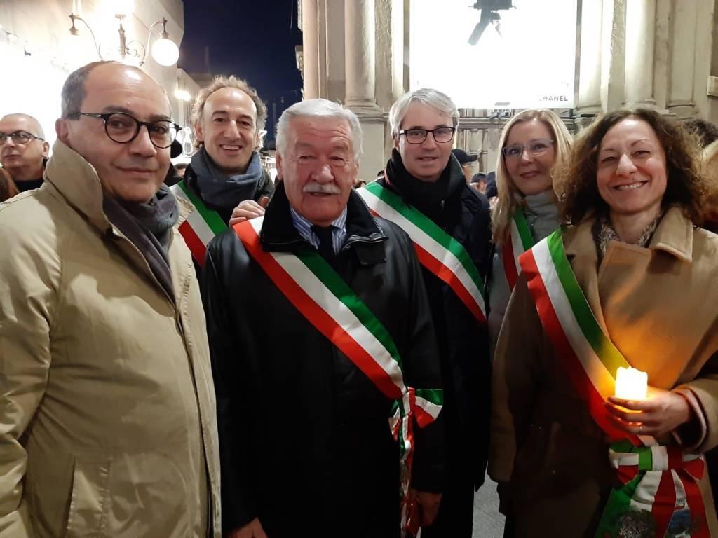 I sindaci alla marcia per Liliana Segre