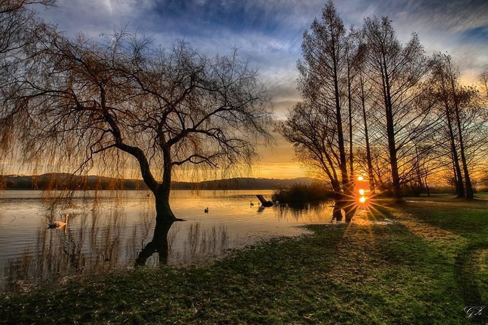 lago di Varese foto di Graziano Zampieri