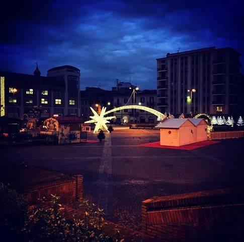 piazza repubblica in versione natalizia - foto di annalisa Genovese