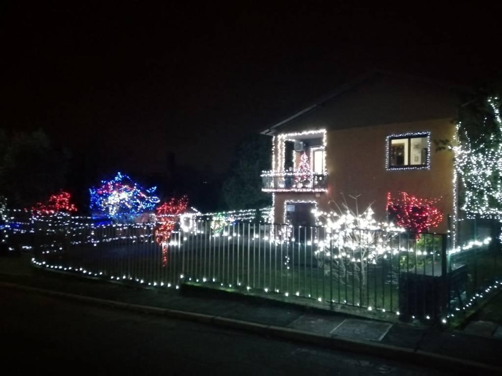 Ventottomila lucine per rendere più bello il Natale di Casciago