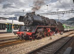 Il pazzo carnevale svizzero in treno