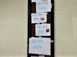 cartelli antifa hier stazione nord busto arsizio