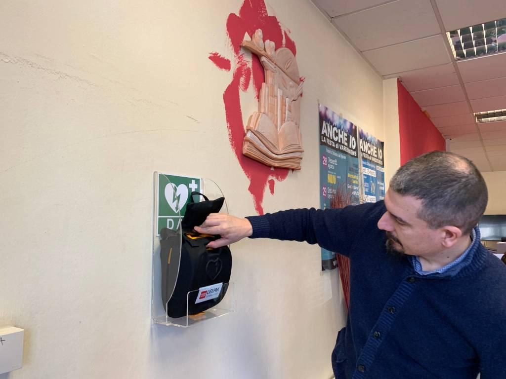 Dae (defibrillatore) nella sede di Varesenews