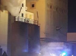 Incendio ad accam busto arsizio - foto di Massimiliano De Martino