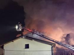 incendio casa venegono superiore