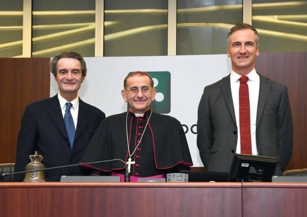Monsignor Delpini in visita al consiglio regionale