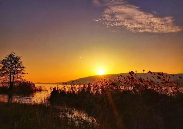 Varano Borghi, tramonto - foto di Santo Zappalà