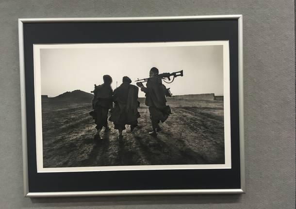 La guerra e la devastazione del reportage fotografico di Francesco Cito in mostra al Sestante
