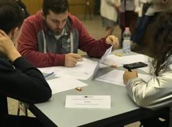 Al Riva di Saronno gli studenti si sfidano a colpi di chimica