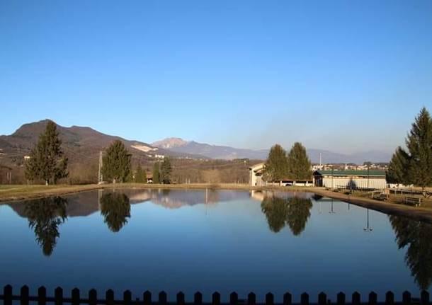 Arcisate - laghetto al rione Dovese - foto di Maria Desogos