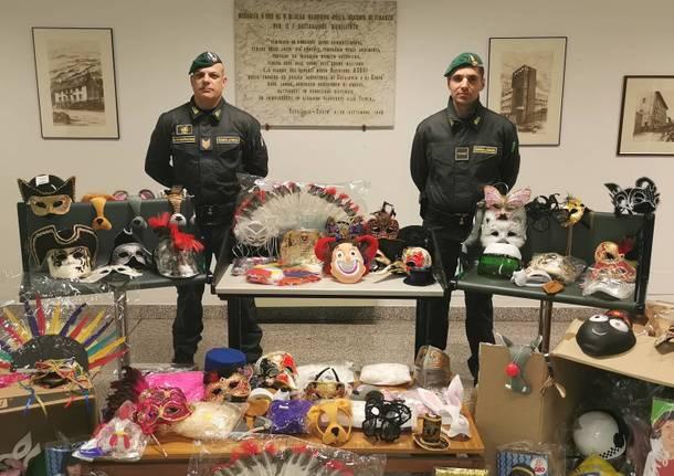 Gdf sequestrano oggetti di carnevale
