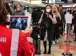 coronavirus controlli aeroporto