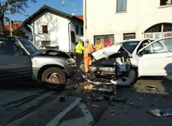 Incidente in via Novara a Legnnao frontale  1