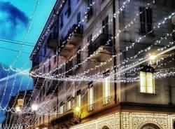 """Luminarie """"Nel blu dipinto di blu"""" a Sanremo"""