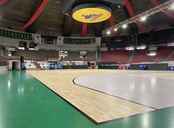 Il nuovo parquet alla Enerxenia Arena